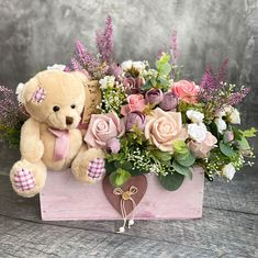 Apple Wedding Centerpieces, Diy Wedding Decorations, Floral Centerpieces, Balloon Decorations Party, Flower Arrangement Designs, Unique Flower Arrangements, Flower Box Gift, Flower Boxes, Paper Flowers