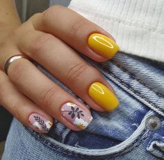 Classy Acrylic Nails, Almond Acrylic Nails, Pink Acrylic Nails, Classy Nails, Yellow Nails, Stylish Nails, Trendy Nails, Pink Nails, Acrylic Gel