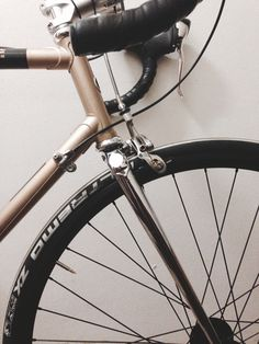 fixie, inc. black jack custom build road bike with shimano alfine #decycling #lastazionedellebiciclette