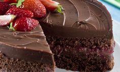 Aprenda a fazer Receita de Bolo de chocolate com morango, Saiba como fazer a Receita de Bolo de chocolate com morango, Show de Receitas