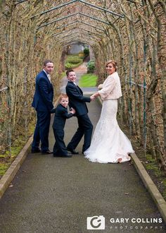 Gary Collins Photography, Clare based Wedding, Event and Corporate Photographer - Home, Wedding, Photographer, Clare, Coast, Ireland, Bride, Groom, photography, marriage, Dromoland, Dromoland Castle, family