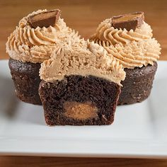 Gourmet-Reeses-Cupcakes-Inside