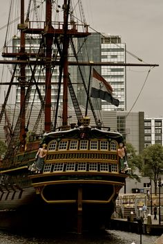 Holland - Amsterdam - 't IJ - VOC ship - VOC schip - Maritime museum - scheepvaartmuseum
