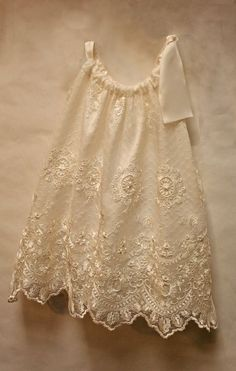Chantilly Lace Dress by Isabel Garreton