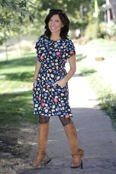 I had a good feeling about this vintage dress I spotted on Bella's Citizen Rosebud etsy site. Pantyhose Fashion, Love Clothing, American Made, Feel Good, Vintage Dresses, Fashion Beauty, Short Sleeve Dresses, My Style, Jackets