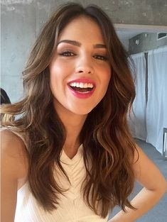 Hot Eiza Gonzalez Unveiled as a Neutrogena Brand Ambassador Hair Lights, Light Hair, Dark Hair, Hispanic Hair, New Hair, Your Hair, Mexican Actress, Actrices Sexy, Gorgeous Hair