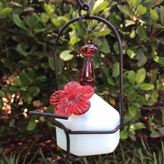 On sale through 11/22 - $18.95 plus shipping. Lunch Pail Sweetheart Hummingbird Feeder – HummingbirdHQ.com Makes a cute bud vase in the off-season!