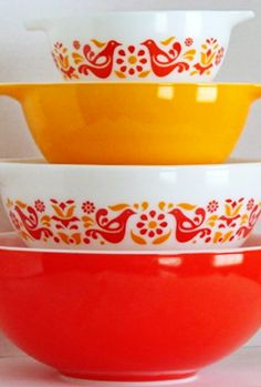 "My favourite vintage pyrex pattern ""friendship""."
