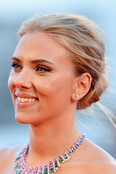 Scarlett Johansson's textured chignon