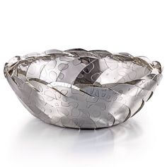 2016 EXHIBITOR OF THE DAY: Silversmith and jeweller Karina Gill is returning to #GoldsmithsFair this year with her etched bowls and jewellery in Week 2 stand 26 > (Link in bio) #Silversmith #Silversmithing #Silver #Bowl #Etching #Jewelry #Jewellery #GoldsmithsHall