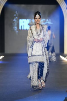 2013 Latest Sana Safinaz PFDC L'Oreal Paris Collection  #fashion #fashionweek #fashionevents #fashionweeks #fashionevent #fashionupdates http://www.fashioncentral.pk/pakistani/ramp/review-1207-sana-safinaz-at-pfdc-loreal-paris-bridal-week-2013-day-3/complete-collection/