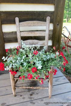 Backyard Projects, Outdoor Projects, Outdoor Decor, Garden Projects, Flower Planters, Garden Planters, Garden Fun, Pink Garden, Container Flowers