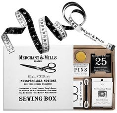Pretty Packaging- Merchant and Mills Sewing Kit E Online, Sewing Hacks, Sewing Projects, Merchant And Mills, Brand Packaging, Retro Packaging, Simple Packaging, Graphic Design Branding, Packaging Design Inspiration