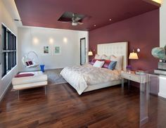 match the ceiling color to the accent wall!