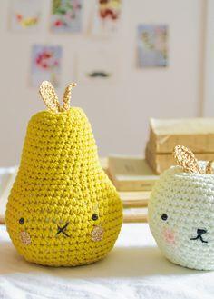 Adorable crochet fruit desk buddies! Full crochet pattern in Mollie Makes issue 44
