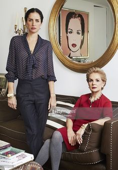 Designer Carolina Herrera and her daughter Carolina Adriana Herrera are photographed for Vogue Korea on February 2013 in New York City. They look fabulous, and look at that art in the background! Ch Carolina Herrera, Carolina Herera, Fashion Over 50, Fashion Looks, Looks Style, My Style, Mother Daughter Photography, Advanced Style, Elegant Outfit