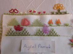 İğne oyası el havlusu dantelleri Needle Lace, Tableware, Stuff To Buy, Crocheting, Dinnerware, Tablewares, Dishes, Place Settings