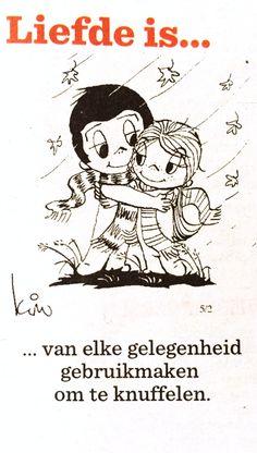 Liefde is... Van elke gelegenheid gebruik maken om te knuffelen