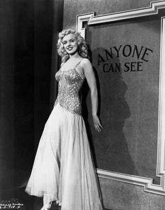 Marilyn Monroe in Gentlemen Prefer Blondes with Top Hat and Cane - Photo....