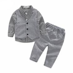 Long Sleeve Dress Set avalible on our site, link is in our bio!  #ootd #babygirl #babyboy #babyclothes #baby #babyhaul #pregnantstyle #babyfashion #babystagram  #newborn #pregnancy #pregnant #mom #dad  #parents #babyshower #cute #closetbabys