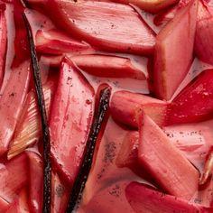 Stewed rhubarb recipe | Chatelaine