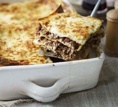 Lasagne Bbc Good Food Recipes, Cooking Recipes, Batch Cooking, Bbc Recipes, Savoury Recipes, Cooking Videos, Savoury Dishes, Vegetarian Recipes, How To Make Lasagne