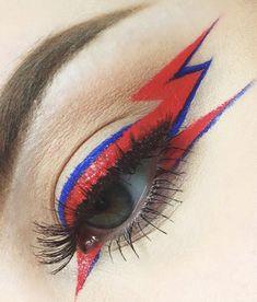 Blitzaugen Make-up ? // Augen Make-up // roter Eyeliner - Makeup Looks Dramatic Makeup Goals, Makeup Inspo, Makeup Art, Makeup Inspiration, Beauty Makeup, Hair Makeup, Blue Makeup, Games Makeup, Makeup Hacks