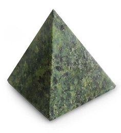 Nephrite pyramid, 'Nature Mystique' by NOVICA