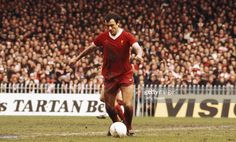 Liverpool player Ray Kennedy in action during an FA Cup Semi Final match between Liverpool and Everton at Maine Road on April 27, 1977 in Manchester, England. (Photo by Tony Duffy/Allsport/Getty Images)