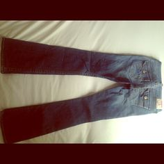 True Religion jeans size 26 Gently used pair of True Religion jeans.  Slight flare leg size 26 cut #607171 True Religion Jeans Boot Cut