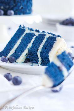 Blue Velvet Cake - A baJillian Recipes Chocolate Zucchini Bread, Chocolate Bundt Cake, Chocolate Topping, Melting Chocolate, Chocolate Oreo, Frozen Chocolate, Chocolate Cheesecake, Cheesecake Factory Carrot Cake, Cheesecake Cake
