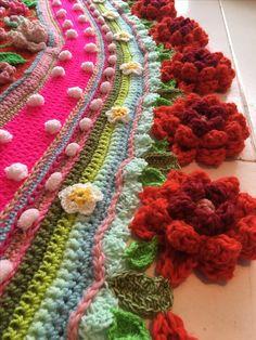 Polleviewrap gehaakte omslagdoek shawl Www.crochetshawl.com Www.omslagdoekhaken.nl