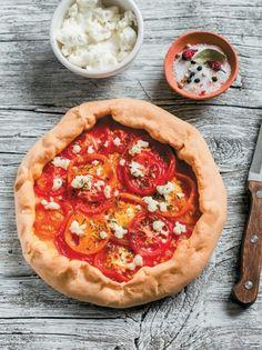 Τάρτα φέτας με λιαστή ντομάτα και θυμάρι - www.olivemagazine.gr