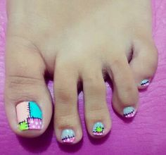 New pedicure designs 2019 ideas Pretty Toe Nails, Cute Toe Nails, Toe Nail Art, Love Nails, How To Do Nails, Pedicure Colors, Pedicure Designs, Manicure E Pedicure, Fingernail Designs
