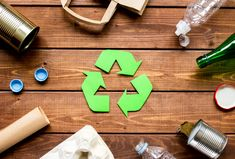 Suche Finde Entdecke  Similio, das österreichische Informationsportal  Geographie - Sachkunde - Wirtschaftskunde Recycling Facts For Kids, Pet Recycling, Recycling Process, Household Hazardous Waste, Soundproofing Material, Trash Day, Fun Facts About Animals, Recycle Symbol, Take Out Containers