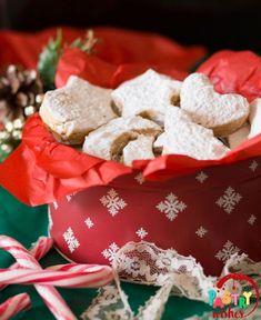 + tips & variations) Greek Cookies, Honey Cookies, Almond Cookies, Greek Christmas, White Christmas, Traditional Christmas Cookies, Freshly Squeezed Orange Juice, Food Festival, Serving Platters