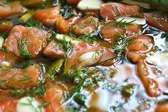 Myśli skrawki: Łosoś marynowany w oliwie z oliwek z czosnkiem