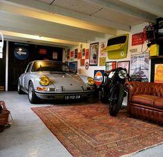 Man Cave Garage tips Garage Loft, Garage Studio, Garage Workshop, Car Garage, Garage Walls, Garage Shop, Garage Storage, Man Cave Garage, Man Cave Diy