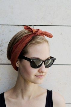 tied head ban and wayfarers #style #fashion #summerstyle