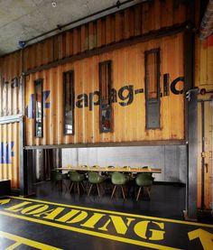 Lobby - 25h HafenCity Vinyl-Room | ©Stephan Lemke for 25hours Hotels