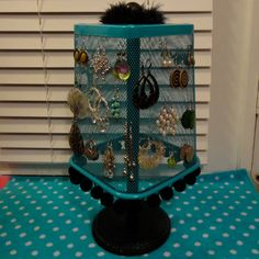 @Anxiety Girl....does this bring back some memories? Convert an old lamp into an earring holder!