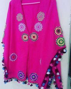 Beachwear Fashion, Beachwear For Women, Boho Fashion, Crochet Blouse, Crochet Poncho, Hand Crochet, Gilet Kimono, Burda Sewing Patterns, Estilo Hippie