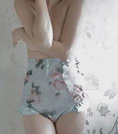 See more about underwear, lingerie and vintage. Lingerie Vintage, Lacy Lingerie, Lingerie Shoot, Vintage Underwear, Ropa Interior Vintage, Pvc Hose, Estilo Lolita, Beautiful Lingerie, Lounge Wear