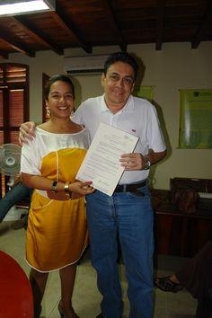 Factor 3: Profesores. Profesor Winston Morales recibe reconocimiento por su desempeño como docente  -2013 - Oficina de Dirección de programa #Unicartagena #ComunicaciónSocial