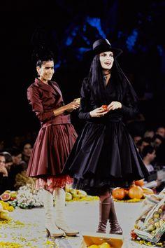 Jean Paul Gaultier Spring 1998 Ready-to-Wear Fashion Show - Esther Cañadas