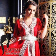 Boutique vente enligne Robe Caftan propose au marché de la mode des prestations exceptionnelles avec des prix adéquates pour... Mode Simple, Dresses With Sleeves, Long Dresses, Sari, Long Sleeve, Caftans, Clothes, Boutique, Fun