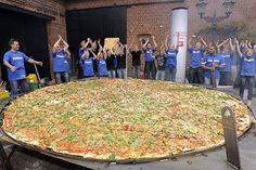 Biggest Pizza in the World   ... Guinness Book of Records Pictures of the world's largest pizza strange