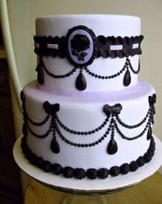 Lavender and Black Pearl drops wedding cake