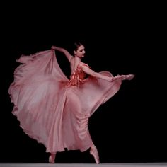 Ballet Dancer in Pink Dress Satisfying Aesthetic Cool Dance Picture Poses, Dance Photos, Dance Pictures, Dance Images, Ballet Dance Videos, Ballet Dancers, Ballerinas, Bolshoi Ballet, Dance Photography Poses