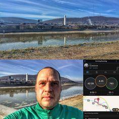 Went out for a brisk 4.25 mile run around Corning this morning. @southerntierrunningclub @corningflx @gafferdistrict @urbancorning #corning #littlejoe #runners #running #winter #winterrunning #frosty #iphoneography #iphone6plus